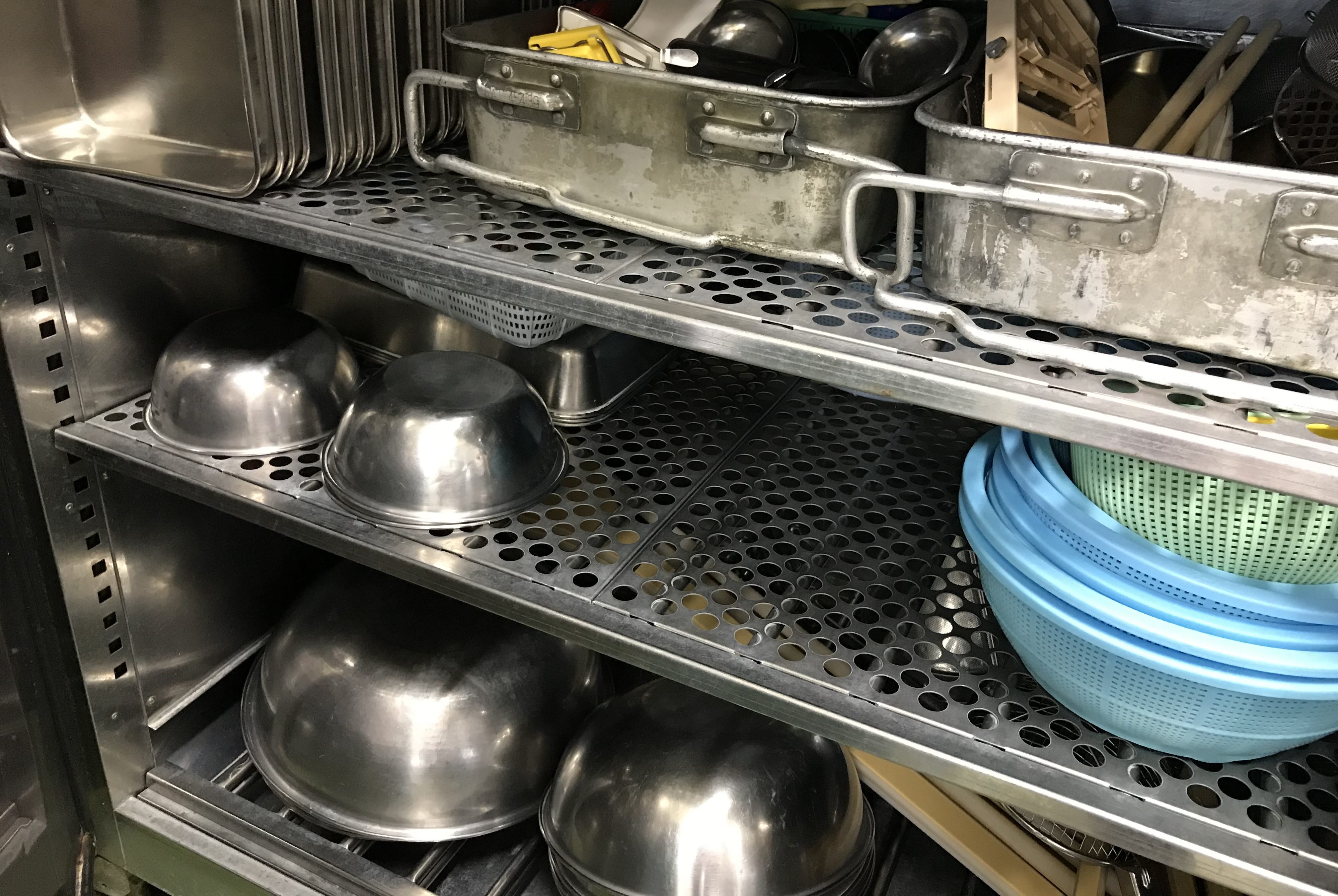 食器消毒乾燥保管庫